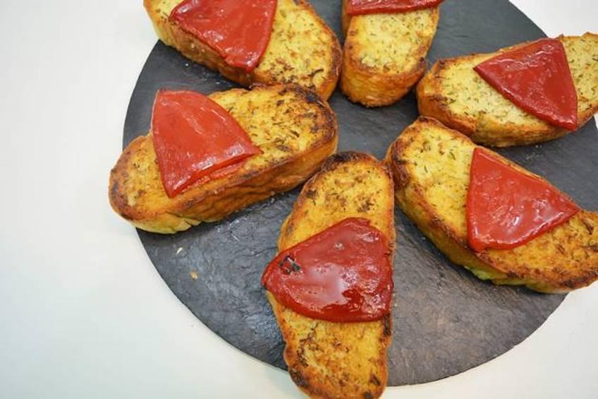 Pan de ajo a las hierbas provenzales